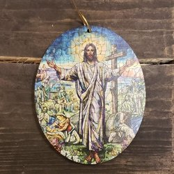 Ornament Jesus Resurrection Window